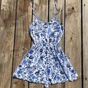 H&M divided white and blue floral romper